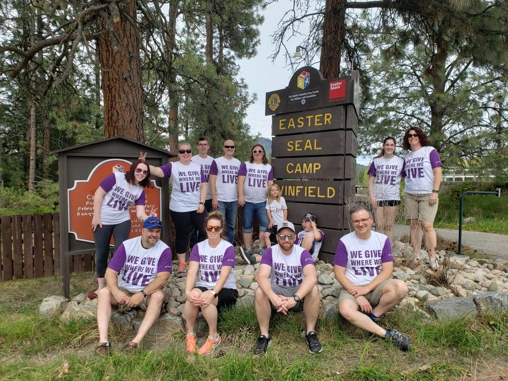 Telus Employees Volunteer at Camp Winfield